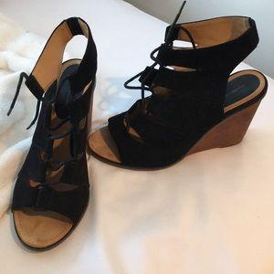 LF (Melrose and Market) Heels